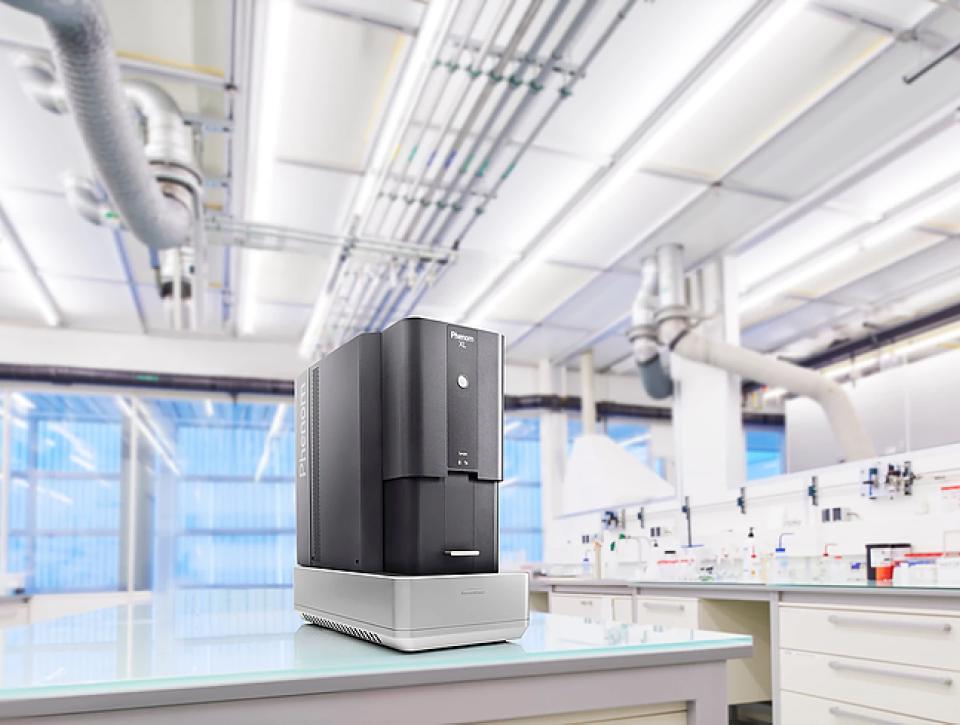 Microscopio electronico de bancada Phenom da ThermoFischer Scientific