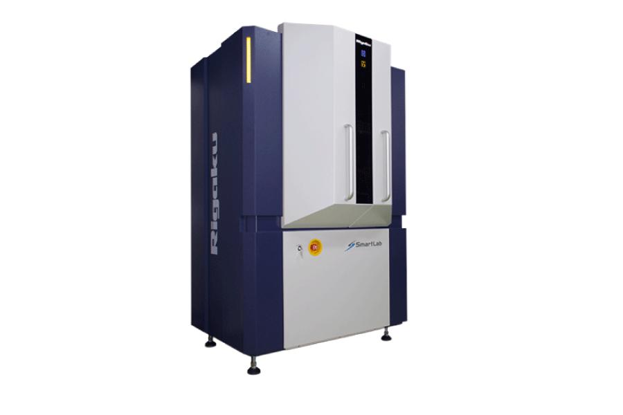 O SmartLab SE é um difratômetro de raios X multiuso altamente versátil com orientação inteligente integrada.