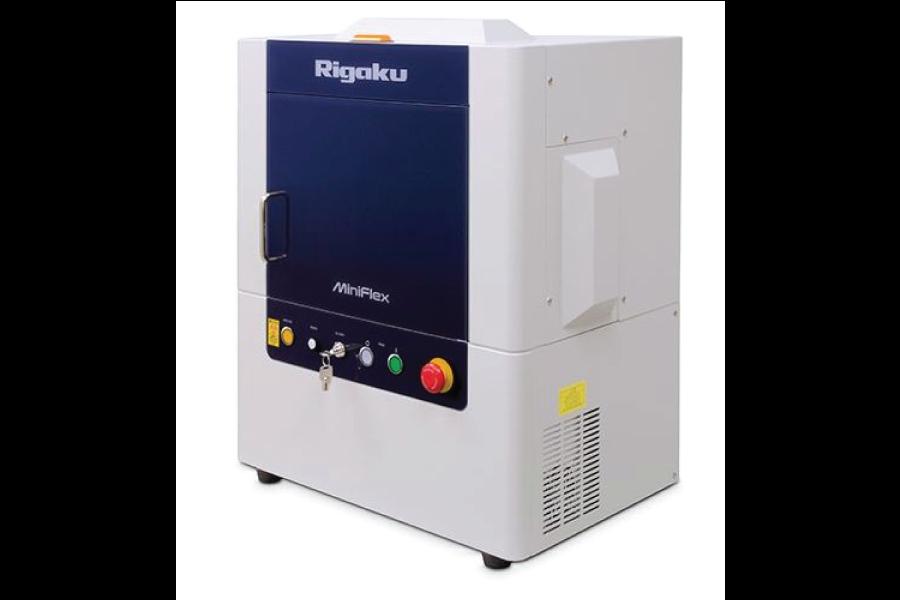 O novo difratômetro de raios X de bancada MiniFlex de sexta geração é um instrumento analítico de difração de pó multiuso
